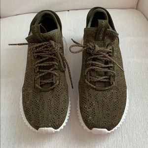 Adidas Tubular Doom Sock Sneaker Size 9 EUC